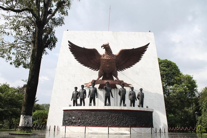 Day tour The history of Communist Party Movement