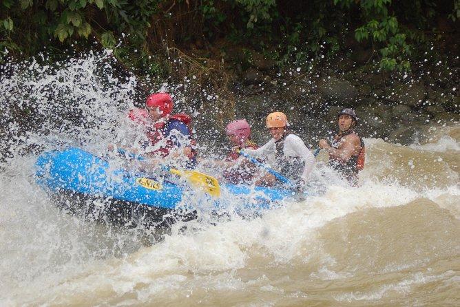White Water Rafting, Three Quarter Day Savegre River