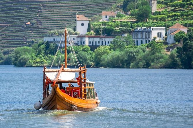 Douro Valley Private Tour with Local Guide - Lunch, Boat Ride, Tastings Included photo 4