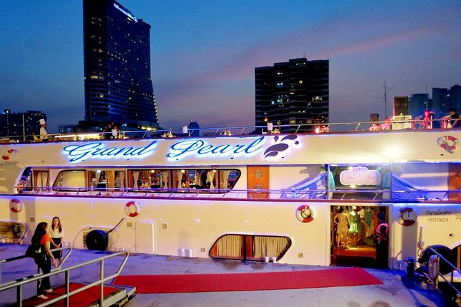 Grand Pearl : Luxury Dinner Cruise from Bangkok with Transfer photo 9