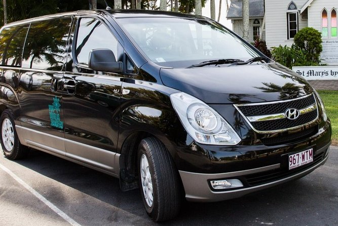 Private Transfer 4 to 6 Passengers, Cairns <> Port Douglas. One way.