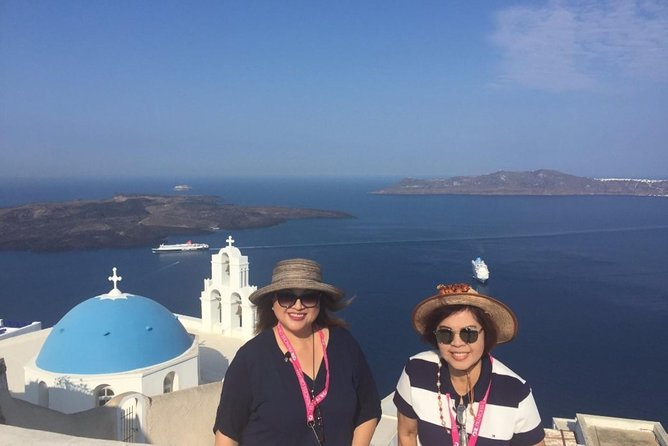 Santorini Highlights: 5-Hour Private Tour with Wine-Tasting