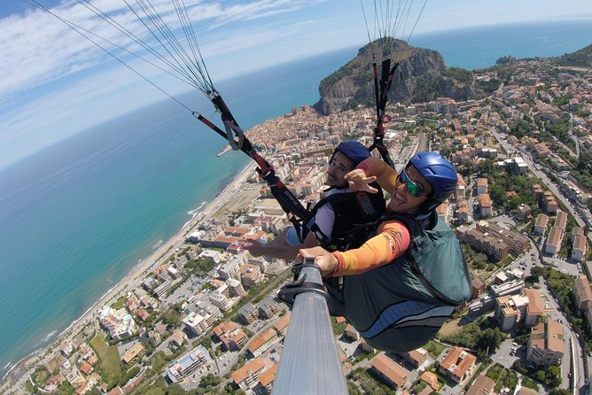 Fly in Tandem Paragliding