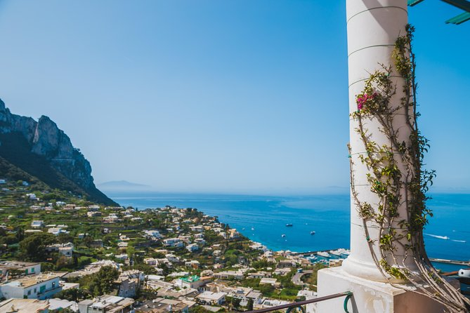 Capri and Anacapri Minibus Roundtrip Tickets