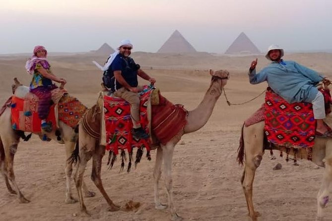 Day tour to Giza Pyramids and Sakkara