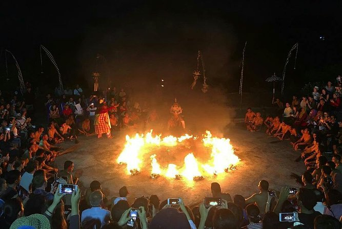Uluwatu Kecak Fire Dance & Jimbaran Dinner