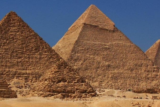 Cairo Day Tour from Hurghada by A-C Car