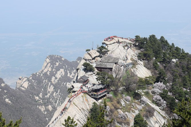 All Inclusive Day Tour to Mt. Huashan & Terra Cotta Army Museum photo 4