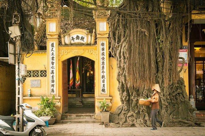 Hang Gai Street - Hanoi Old Quarter