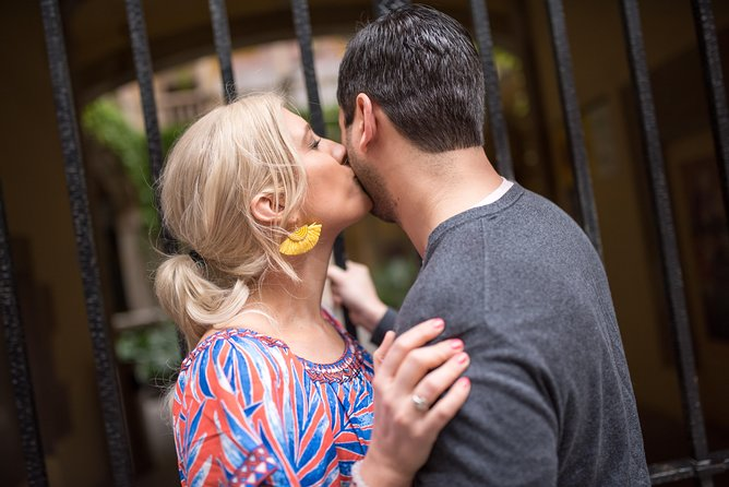 Couples Photoshoot in Gothic Quarter