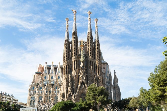 Sagrada Familia Premium Guided Tour