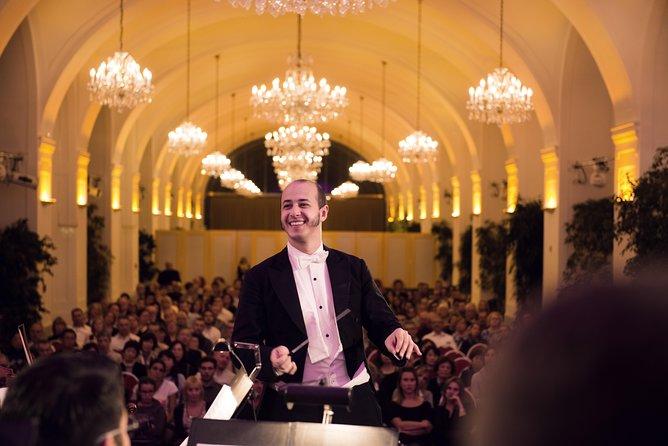 Excursão guiada por áudio ao Palácio de Schönbrunn, com jantar e concerto