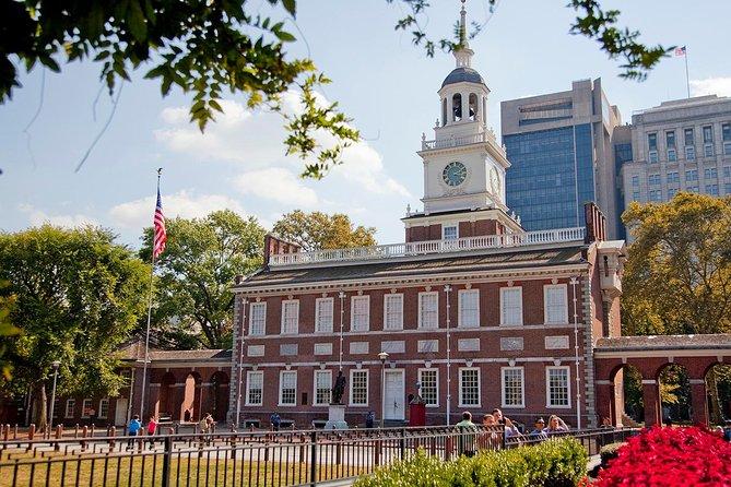 Independence Hall in Philadelphia - Philadelphia Walking Tour