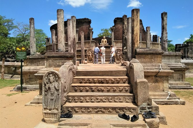Polonnaruwa Ancient Ruins & Pilgrimage Day Tour From Anuradhapura