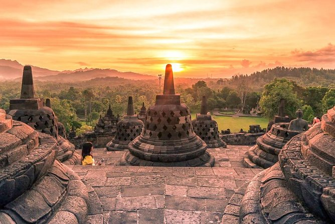 Borobudur Sunrise & Merapi Jeep Lava Experience