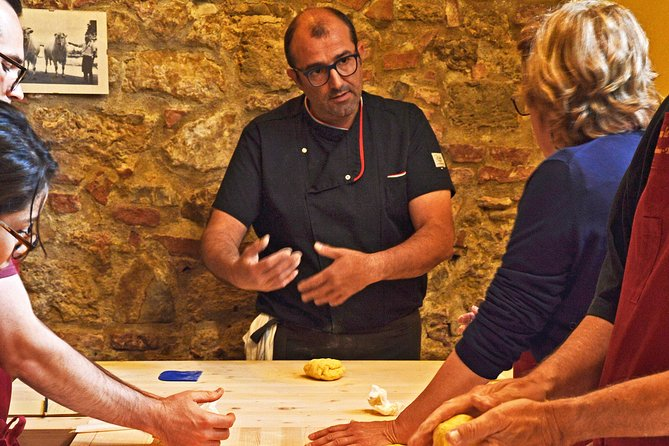 Tuscan Cooking Class by Le Caggiole photo 13