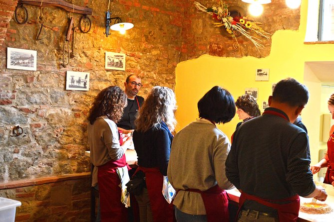 Tuscan Cooking Class by Le Caggiole photo 11