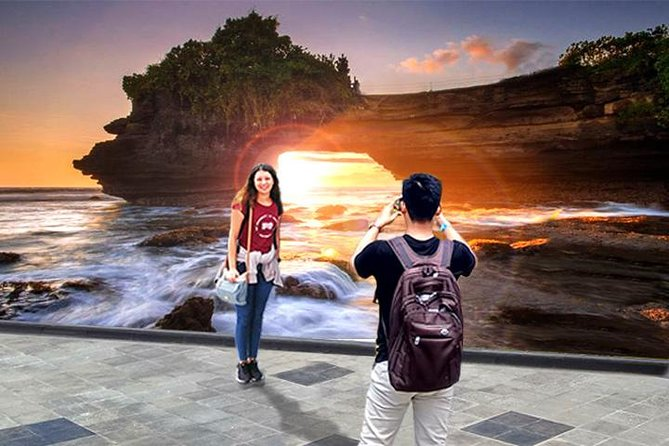 Tanah Lot Temple Sunset Tour