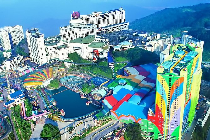 Genting Highland Day Trip & Batu Caves Temple Tour (8Hrs)