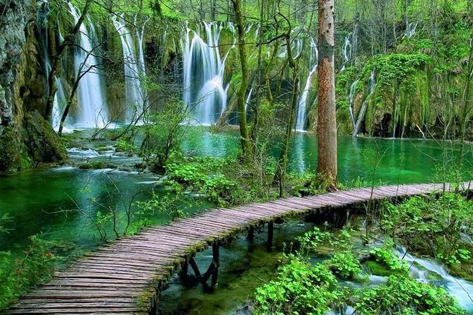 Plitvice Lakes - Day Tour from Zadar- TICKETS INCLUDED