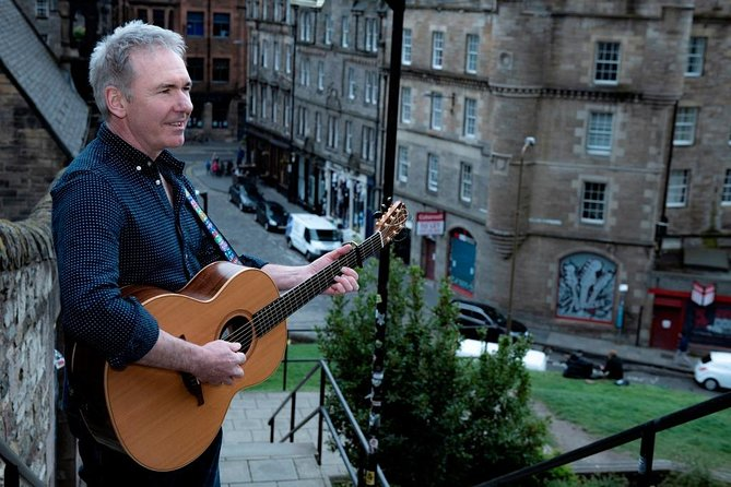 Edinburgh Scottish Folk Music & History Guided Walking tour photo 1