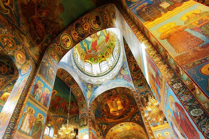 St. Petersburg: Church of the Savior on Spilled Blood Private Tour