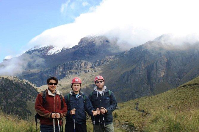 Iztaccihuatl, Refuge of the 100 (4780m)