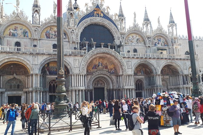 6-days tour package. From Milan to Venice