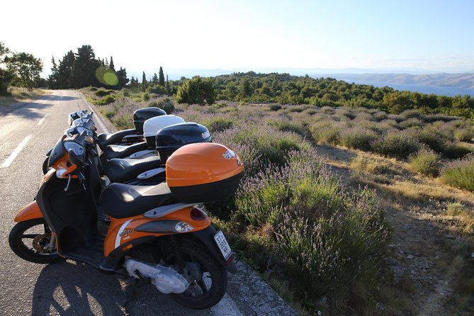 Scooter 50cc rental Hvar photo 4