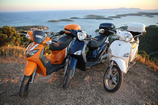 Scooter 50cc rental Hvar photo 2