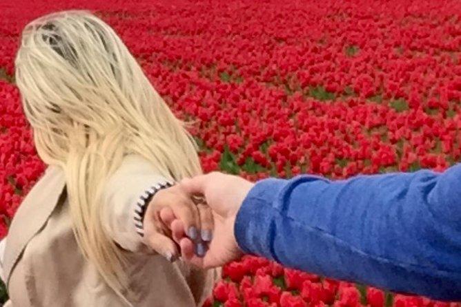 Keukenhof Private Tour: Off-the-Beaten-Path into Flowerfields (incl. Photoshoot)