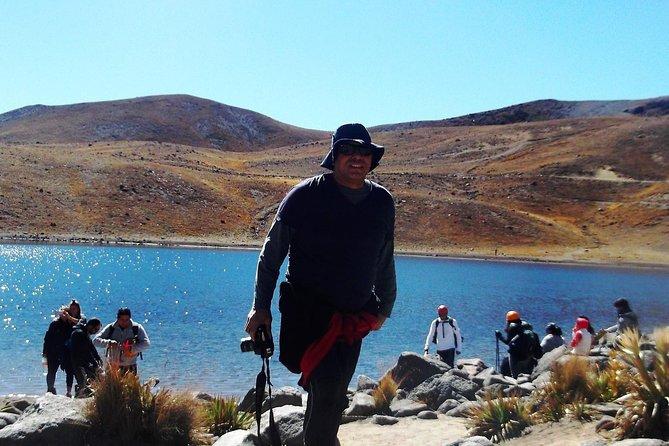Nevado de Toluca (Walk through the lagoons of the Sun and the Moon)