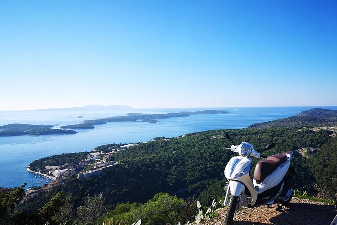 Scooter 50cc rental Hvar photo 6