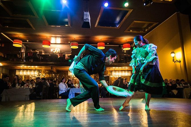 Magic Water Show and dinner at most popular restaurant in Barranco (Dance Show)