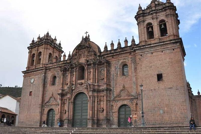 4-day tour from Cusco Machupicchu and mountain of colors