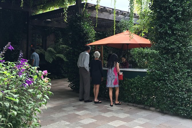 6 Hours up to 6 passengers: Napa or Sonoma Valley Wine Tour by Private SUV
