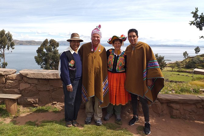 Andean Weaving Tour with Huaypo Lagoon photo 9