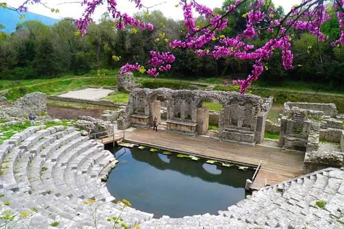 Butrint, Ksamil, Blue Eye, Lekuresi Castle. All-in-one daytrip.