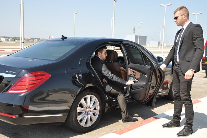 Private Transfer from Herzlia to Ben Gurion Airport photo 9