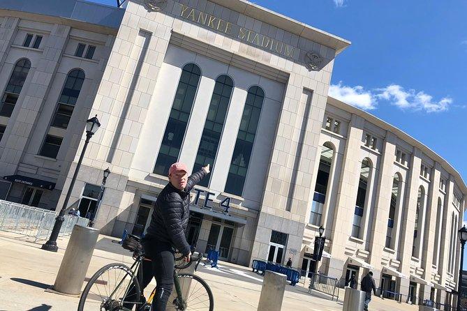 Harlem-Bronx Small Group Bike Tour