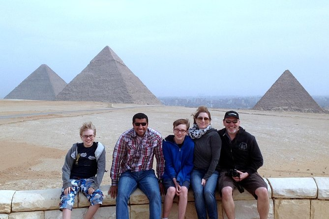 Full Day Luxury visit: Pyramids, Sakkara & Memphis With Lunch