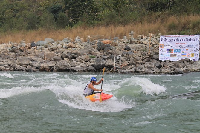One day Kayaking course in Nepal photo 4