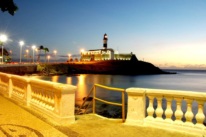Transfer roundtrip in Salvador with Historical City Tour photo 2