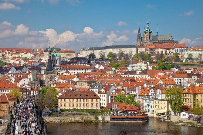 Private Airport Transfer Prague Airport (PRG) to Prague City Center - Minivan
