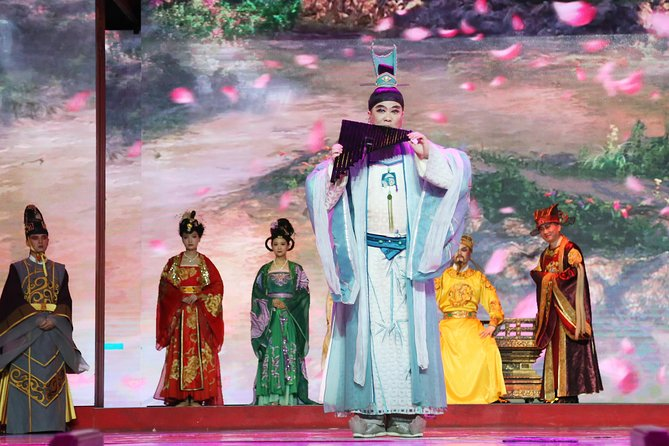Xi'an Terracotta Warriors Museum and Tang Dynasty Show Tour
