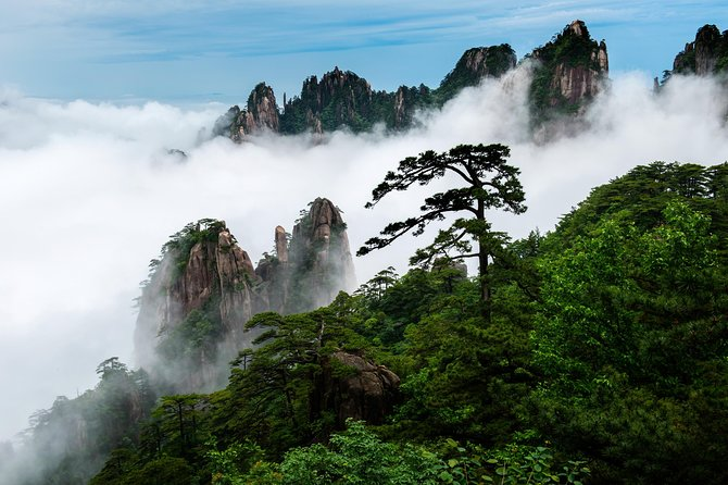 Mt. Huangshan Private 3-day Tour with Tunxi Ancient Street from Shanghai photo 1