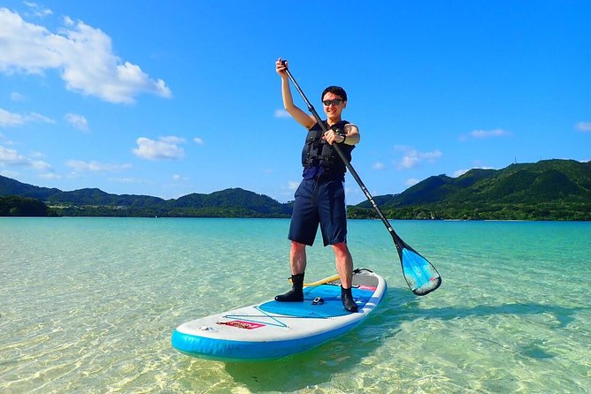 [Ishigaki] SUP/Canoe tour at Kabira Bay+ Snorkeling tour at Ishigaki-Blue Cave