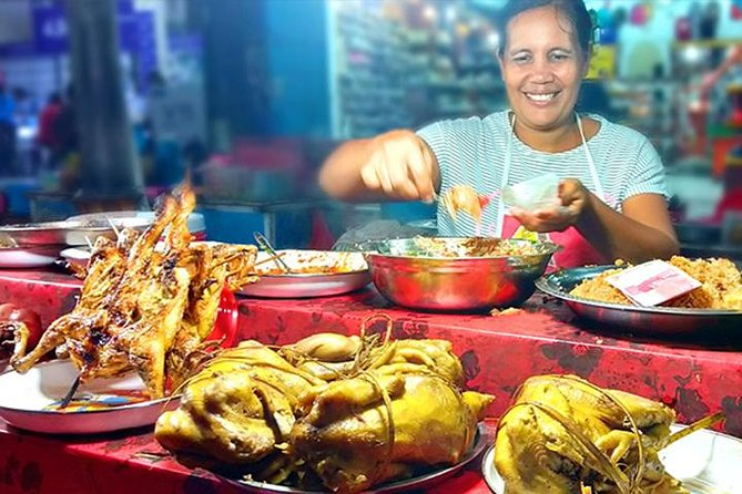 Street Food & Gianyar Town Night Market Tour