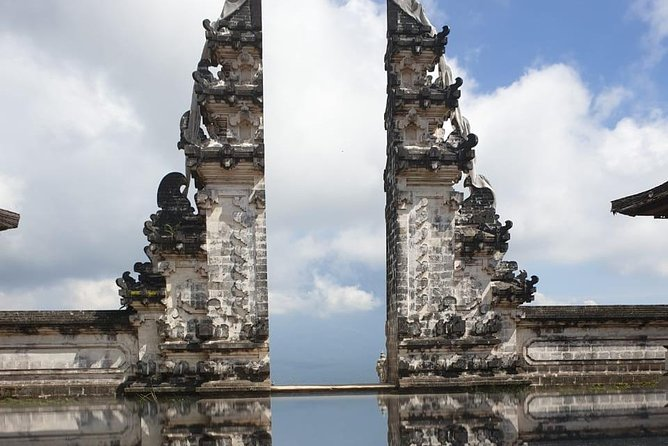 day trip gate of heaven n eastbali