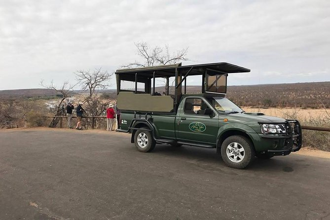 Open vehicle in the Kruger Park